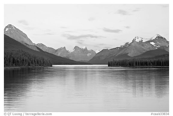 Maligne Lake, the largest in the Canadian Rockies, sunset. Jasper National Park, Canadian Rockies, Alberta, Canada