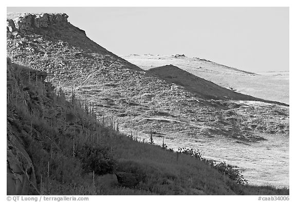 Cliffs, Head-Smashed-In Buffalo Jump. Alberta, Canada (black and white)
