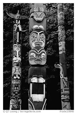 Three totems, Stanley Park. Vancouver, British Columbia, Canada (black and white)