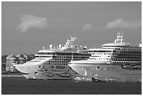 Cruise ships. Victoria, British Columbia, Canada ( black and white)