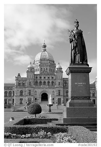 Queen Victoria and parliament building. Victoria, British Columbia, Canada (black and white)