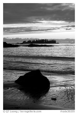 Sunset, Half Moon Bay. Pacific Rim National Park, Vancouver Island, British Columbia, Canada (black and white)