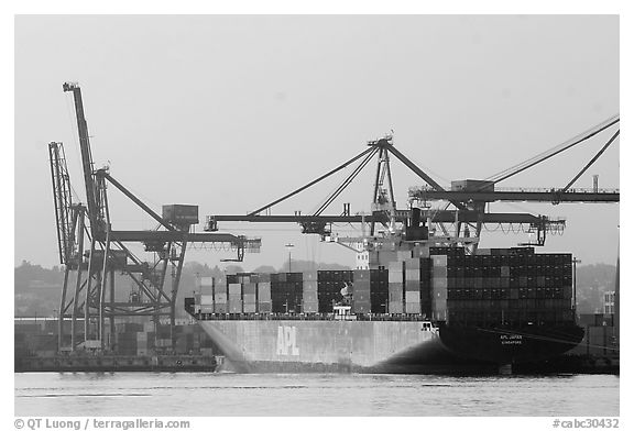 Container ship being loaded. Vancouver, British Columbia, Canada (black and white)