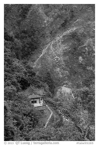 Cliffside temple, Taroko Gorge. Taroko National Park, Taiwan (black and white)
