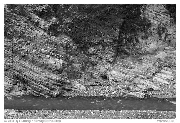 Marble cliff and Liwu River, Taroko Gorge. Taroko National Park, Taiwan (black and white)