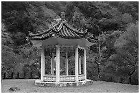 Yuefei Pavillion, Taroko Gorge. Taroko National Park, Taiwan (black and white)