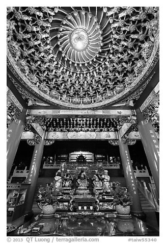 Ceiling and altar in gate, Wen Wu temple. Sun Moon Lake, Taiwan (black and white)
