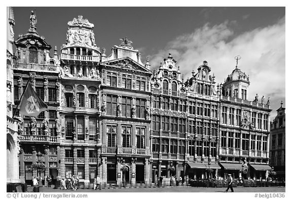 Guildhalls, Grand Place. Brussels, Belgium (black and white)