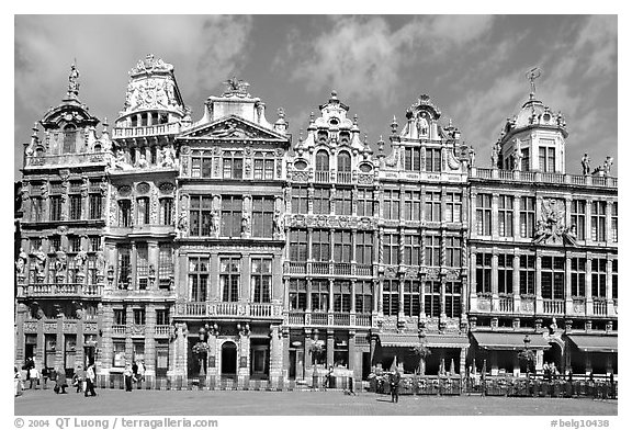 Baroque Guild houses, Grand Place. Brussels, Belgium (black and white)