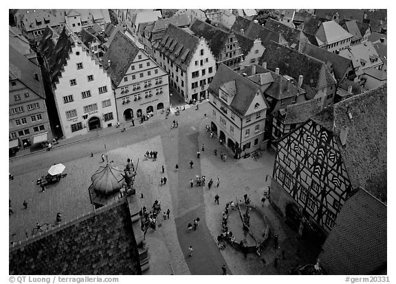 Marktplatz seen from the Rathaus tower. Germany (black and white)