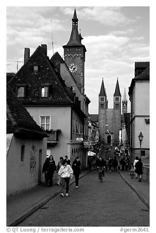 Rathaus, and Neumunsterkirche seen fron Alte Mainbrucke (bridge). Wurzburg, Bavaria, Germany (black and white)