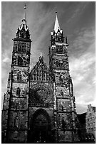 Sankt Lozenz Kirche (cathedral). Nurnberg, Bavaria, Germany (black and white)