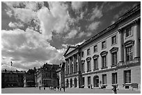 Cour d'honneur, Versailles Palace. France (black and white)
