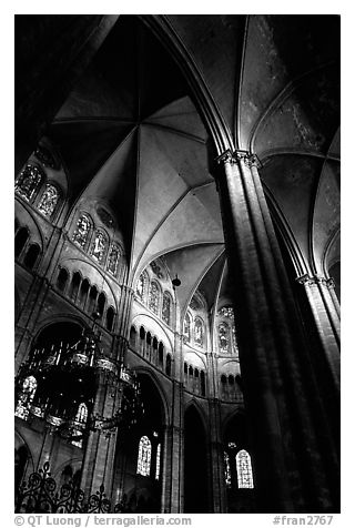 Black And White Picture Photo Gothic Columns Nave Inside Bourges Cathedral Berry France