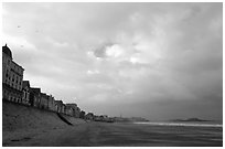 Waterfront and beach, Saint Malo. Brittany, France ( black and white)