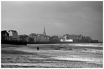 Beach and old town, Saint Malo. Brittany, France ( black and white)