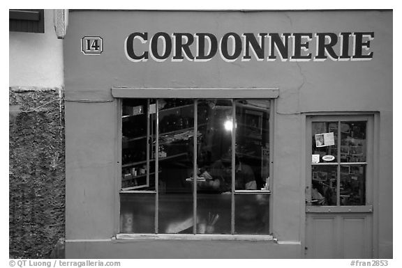 Cordonnnerie. Paris, France (black and white)