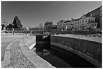 Lock, Canal du Midi. Carcassonne, France (black and white)