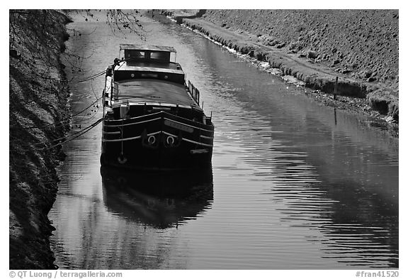 Barge, Canal du Midi. Carcassonne, France (black and white)