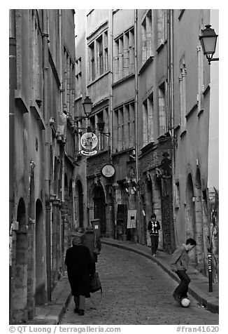 Narrow street in old city. Lyon, France (black and white)