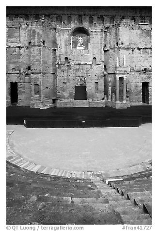 Seats, orchestra, stage, stage wall, Roman theatre, Orange. Provence, France (black and white)