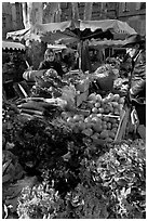 Vegetable stall, open-air market. Aix-en-Provence, France ( black and white)