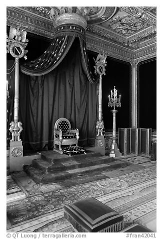 Throne room, Palace of Fontainebleau. France (black and white)
