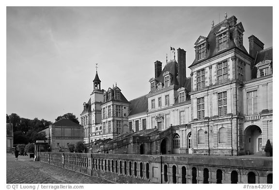 Palace of Fontainebleau, late afternoon. France (black and white)