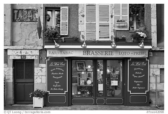 Brasserie, Chartres. France (black and white)