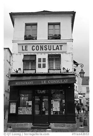 Black and white picture photo le consulat restaurant for Restaurant le miroir montmartre