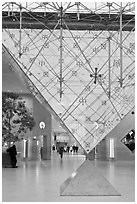 Pyramide inversee (Inverted pyramid) skylight. Paris, France (black and white)