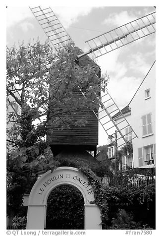 Moulin de la Galette, Montmartre. Paris, France (black and white)