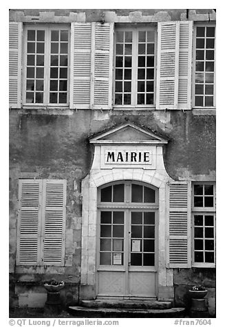 Mairie (town hall) of Vezelay. Burgundy, France (black and white)