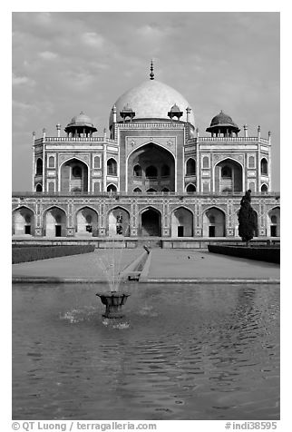 Basin and main tomb of the Emperor Humayun, afternoon. New Delhi, India (black and white)