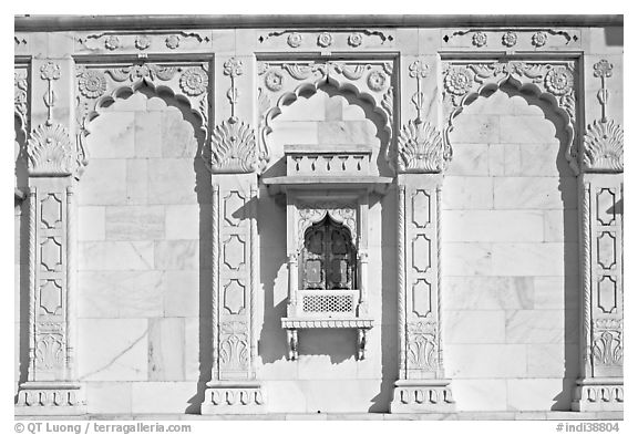 Detail of wall built of carved sheets of marble, Jaswant Thada. Jodhpur, Rajasthan, India (black and white)