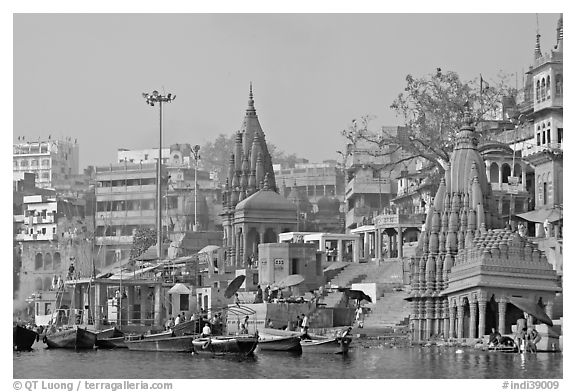 Temples on the banks of Ganges River, Manikarnika Ghat. Varanasi, Uttar Pradesh, India (black and white)