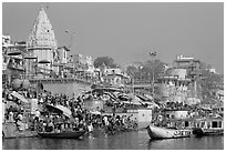 Crowds at Dasaswamedh Ghat. Varanasi, Uttar Pradesh, India (black and white)