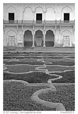 Anguri Bagh garden in Mugha style, Agra Fort. Agra, Uttar Pradesh, India (black and white)
