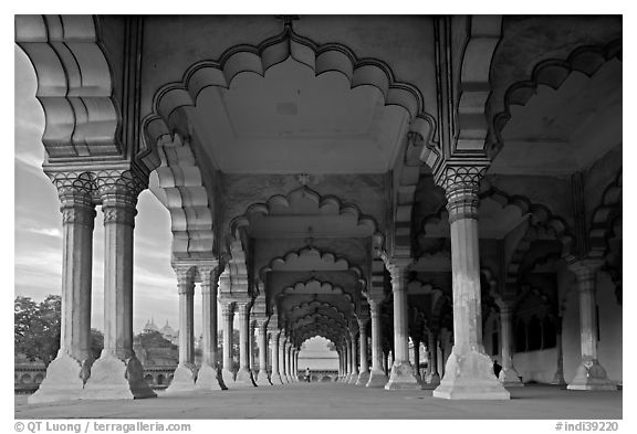 Diwan-i-Am (hall of public audiences),  Agra Fort. Agra, Uttar Pradesh, India (black and white)