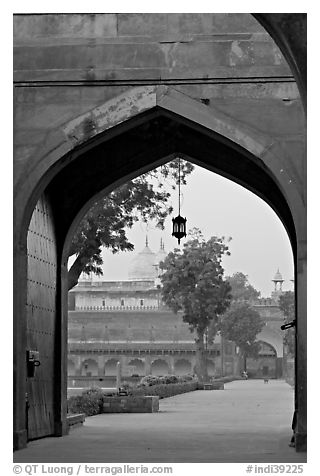 Gate and Moti Masjid in background, Agra Fort. Agra, Uttar Pradesh, India