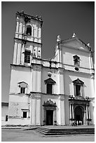 Se Cathedral facade, morning, Old Goa. Goa, India (black and white)