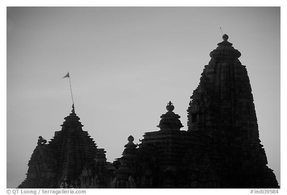 Temple silhouette, Western Group, sunset. Khajuraho, Madhya Pradesh, India (black and white)