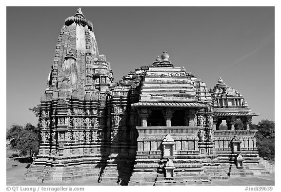 Devi Jagadamba temple seen from the front. Khajuraho, Madhya Pradesh, India (black and white)