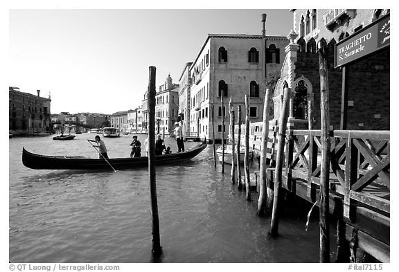 Grand Canal with Traghetto. Venice, Veneto, Italy (black and white)