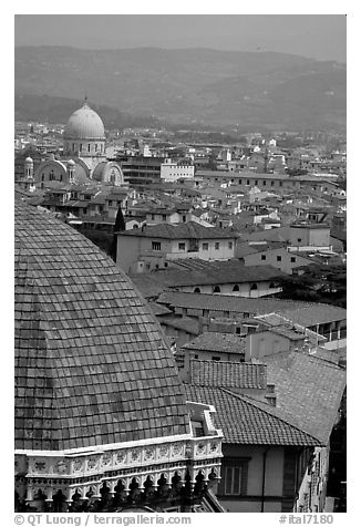 The city, with Dome by Brunelleschi in the foreground. Florence, Tuscany, Italy (black and white)
