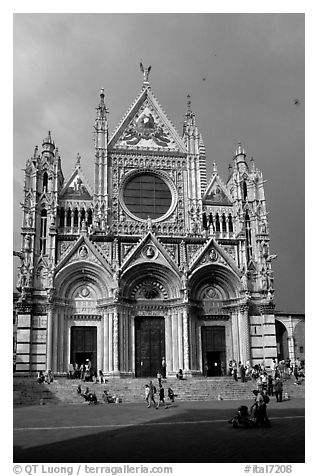 Facade of the Duomo, afternoon. Siena, Tuscany, Italy (black and white)