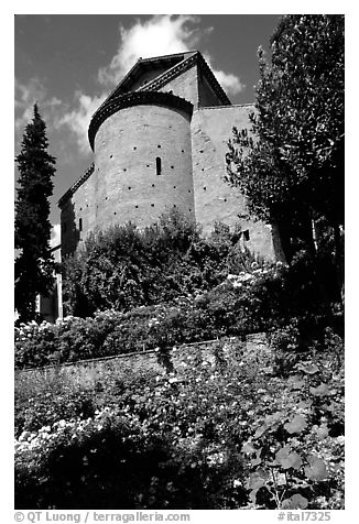 Gardens of Villa d'Este. Tivoli, Lazio, Italy (black and white)