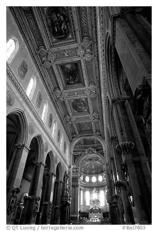 Nave of the Duomo. Naples, Campania, Italy (black and white)