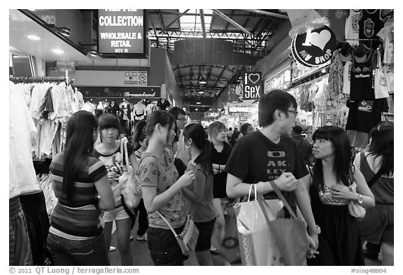 Covered market, Bugis St Market. Singapore (black and white)