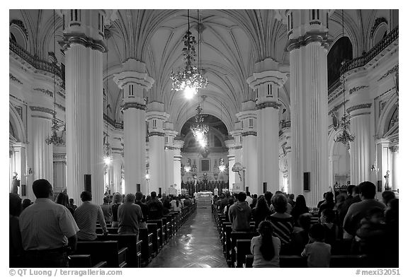 Evening mass in the Cathedral. Guadalajara, Jalisco, Mexico